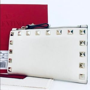 "Valentino Garavani Rockstud Card Case & Wallet - 6""x4"""